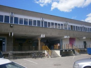 Galeria Sosnkowskiego 40-42; p.u. 70m2