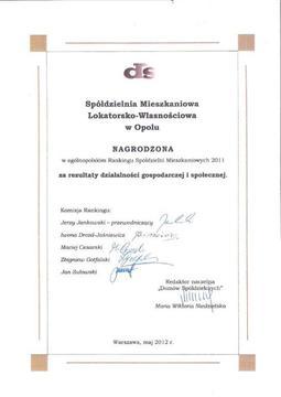 NAGRODA W OGÓLNOPOLSKIM RANKINGU SPÓŁDZIELNI MIESZKANIOWYCH 2011.jpeg